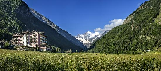 Photo of Hotel Bellevue Cogne