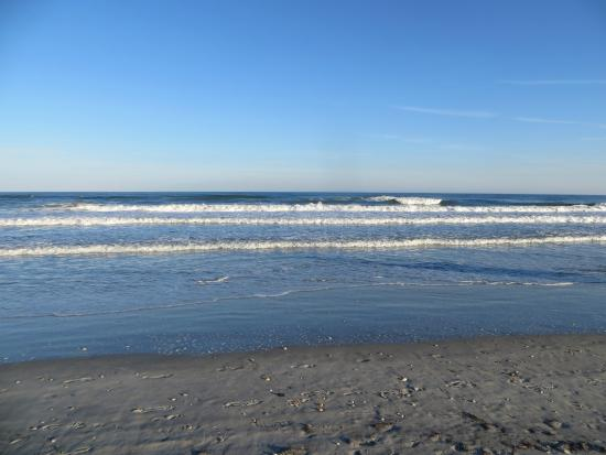 Down By The Beach Picture Of Shell Island Resort Wrightsville Beach Tripadvisor