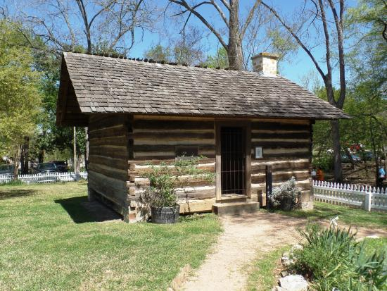 sam houston book review Sam houston came from scots-irish descended, family of 9 siblings, born on march 2, 1793 his family were mbrs of the slaveholding gentry of western virginia.