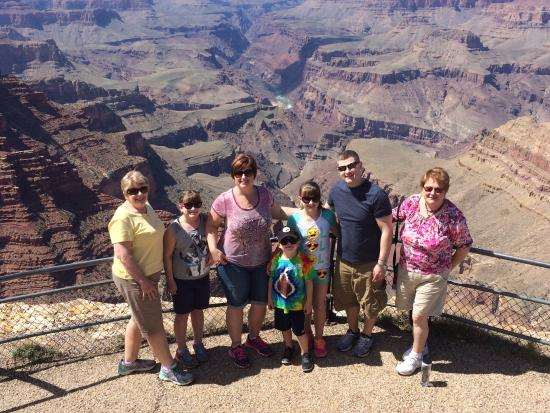 Silver Spur Tours - Day Tours: The 7 of us had a wonderful day visiting Sedona & the Grand Canyon! Great memories!