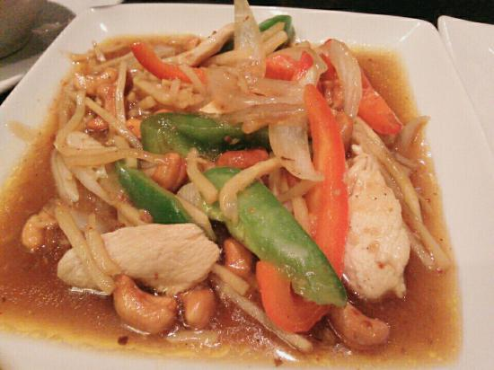 Cashew chicken picture of green lotus thai lao cuisine for Ano thai lao cuisine