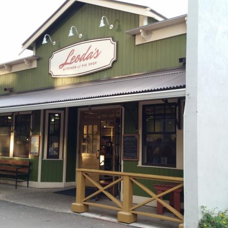 leoda 39 s kitchen and pie shop in olowalu maui picture of