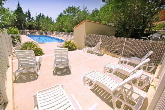 Camping das pinhiers for Camping carcassonne piscine