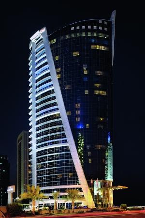 Moevenpick Tower & Suites Doha