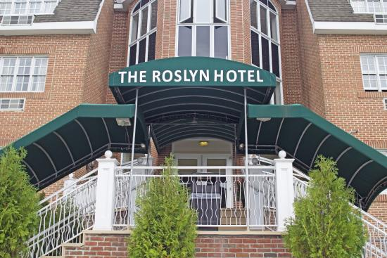 Photo of The Roslyn Hotel