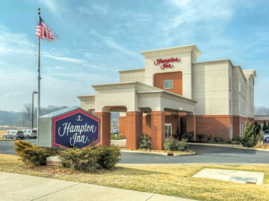 Photo of Hampton Inn St. Louis-Columbia