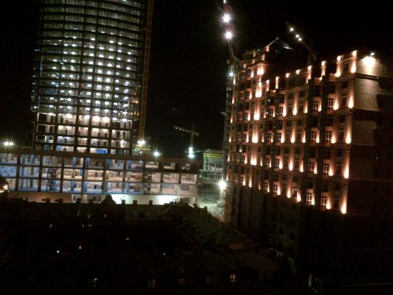 Holiday Baku Azerbaijan Holiday Inn Baku Nite View of