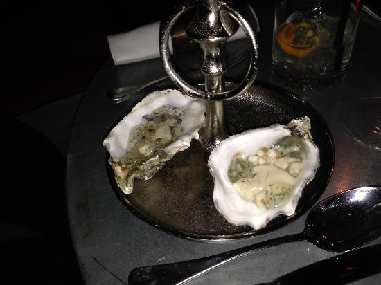 oysters with dill and mushrooms picture of off club hamburg tripadvisor. Black Bedroom Furniture Sets. Home Design Ideas