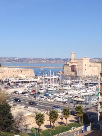 View from the room picture of radisson blu hotel - Radisson blu hotel marseille vieux port ...