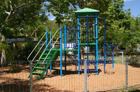 Mount Isa Caravan Park: Childrens Playground