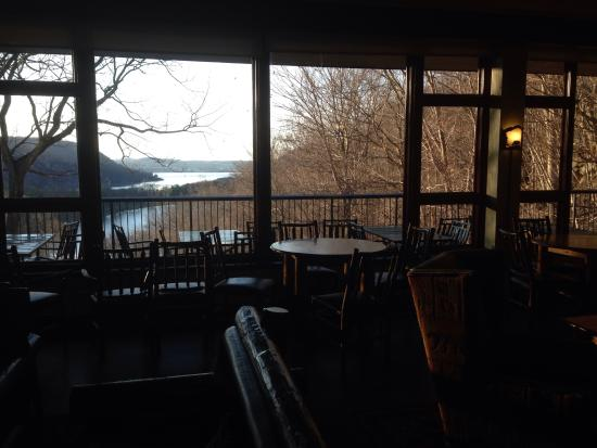 Bear Mountain Inn: Great view from the Overlook lodge