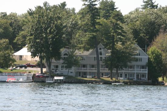Bay Side Inn