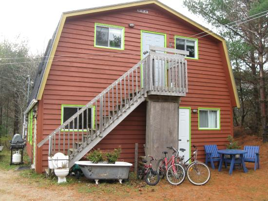 Photo of Kip & Kaboodle Backpacker Hostel Mahone Bay