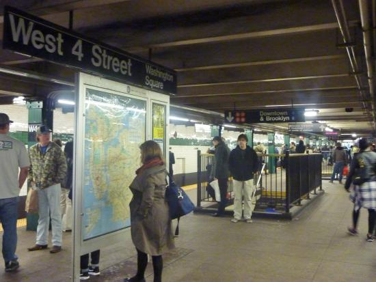 subway picture of real new york tours new york city tripadvisor. Black Bedroom Furniture Sets. Home Design Ideas