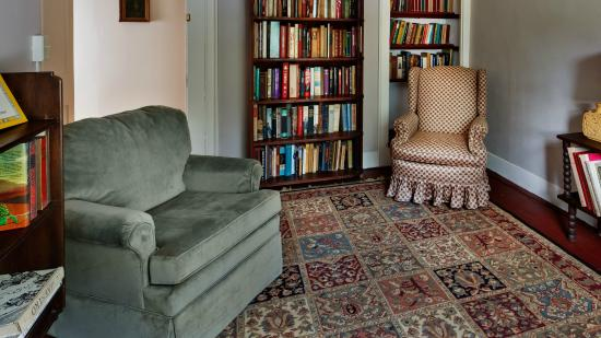 South Egremont, Массачусетс: The Library