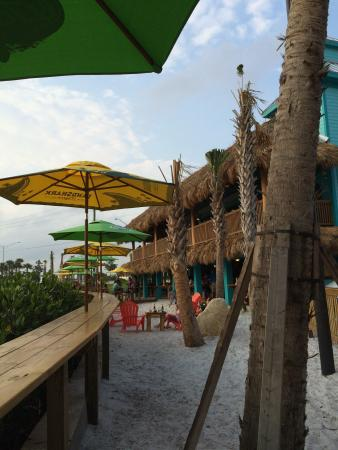 Restaurants Near Nokomo S Sunset Hut In Nokomis Florida