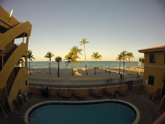 Hollywood Sands Resort: View from the upper deck.