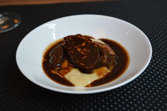 Slow cooked beef in red wine jus with mashed potato - Picture of Hotel ...