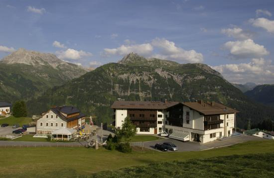 Photo of Hotel Goldener Berg Lech