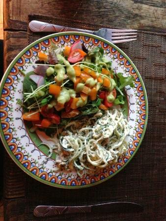Middletown, CA: Vegan dish made at Sacred Srpings.  Delicious!