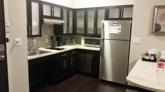 Kitchen Picture Of Staybridge Suites Albany Wolf Rd Colonie Center Albany Tripadvisor