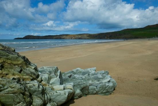 Abereiddy, UK: This beach is very near by and close to St David's