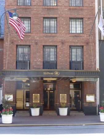Front Entrance On East 42nd Street Picture Of Hilton
