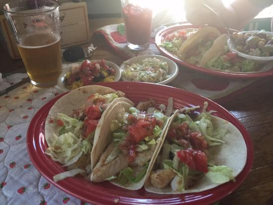 Picture of beckyjack 39 s food shack weeki for Sides for fish tacos