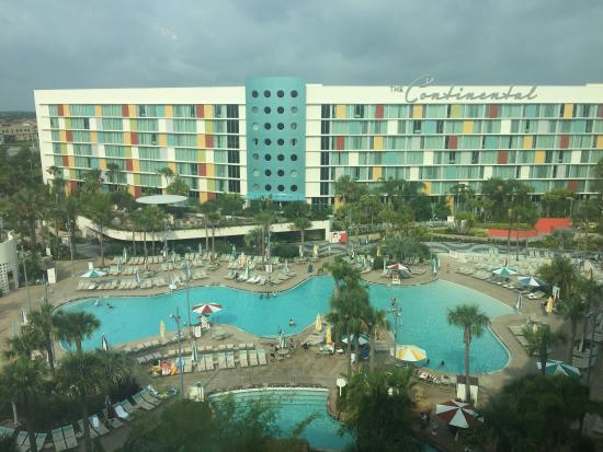 View fro pool side americanas picture of universal 39 s for Pool show orlando 2015