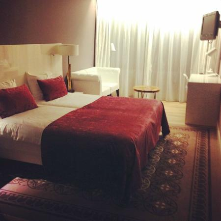 Van der Valk Hotel Groningen Westerbroek: Renovated room in the old building