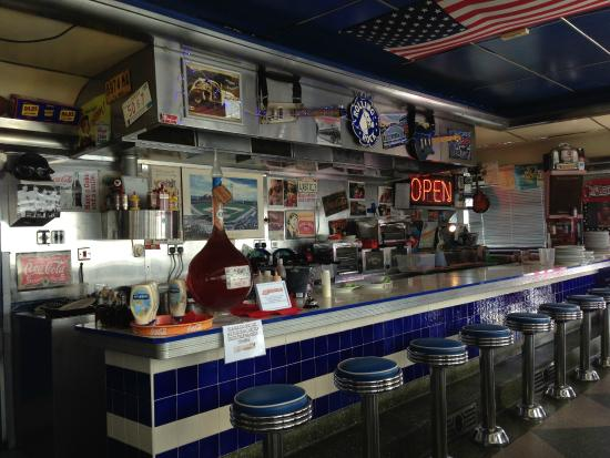 The cooking bar picture of 50 39 s american diner church for Food bar on church