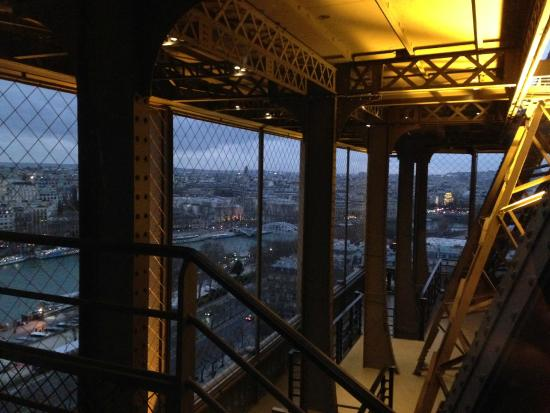 View from restaurant picture of 58 tour eiffel paris tripadvisor - Restaurant le 58 tour eiffel ...