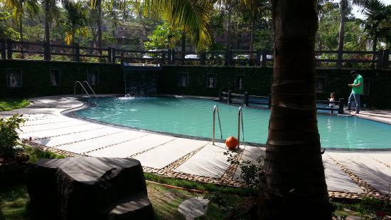 Swimming pool facing rooms first floor picture of mystica resort khandala tripadvisor for Resorts in khandala with swimming pool