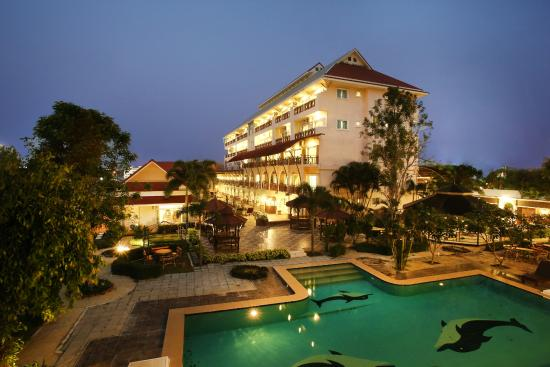 Hua Hin Hillside Resort