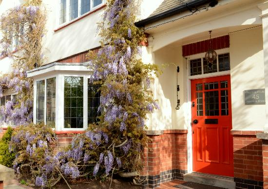 Priesthills House Guest House / B&B