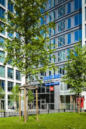 Photo of Park Inn by Radisson Brussels Midi Saint-Gilles