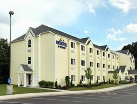 Photo of Microtel Inn & Suites By Wyndham Beckley East
