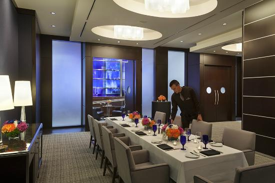 Azure private dining room picture of azure restaurant for Best restaurants with private dining rooms toronto