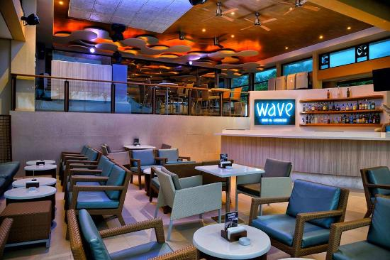 Wave Bar and Lounge