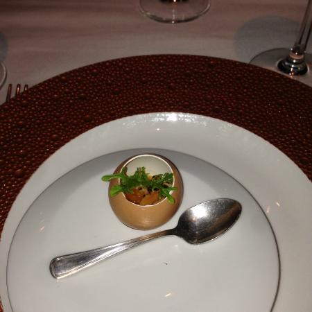 """La Folie: Started the evening with the """"Amuse Bouche"""""""