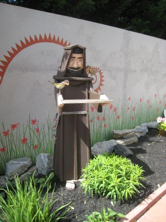 The Mission Inn: Brother Francis Among the Birds in the Garden