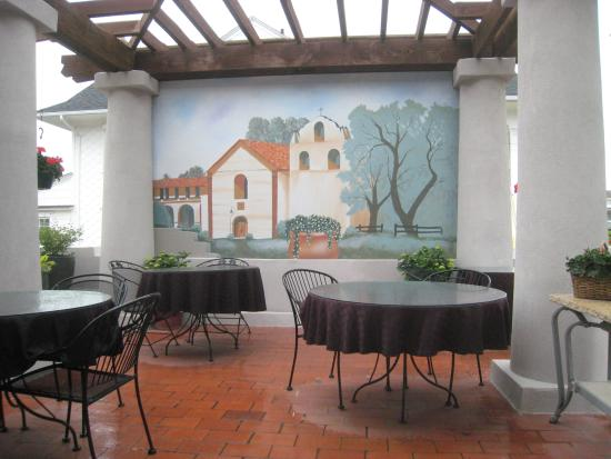 The Mission Inn: Outdoor Breakfast Patio with Mural
