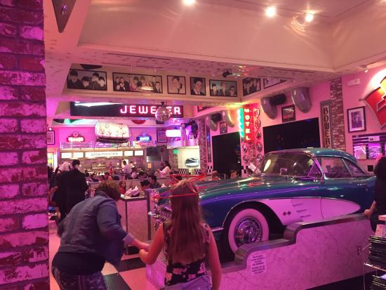 corvette diner pictures traveler photos. Cars Review. Best American Auto & Cars Review