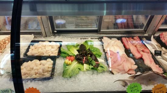 Market picture of fish tale grill by merrick seafood for Fish tales cape coral