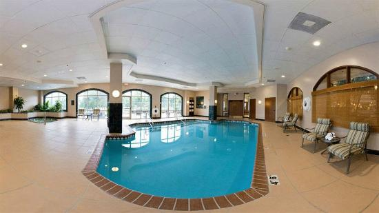 hot tub and pool picture of embassy suites austin. Black Bedroom Furniture Sets. Home Design Ideas