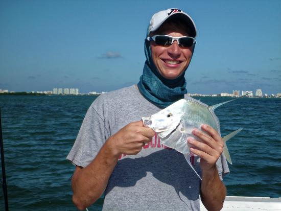 Lookdown Picture Of Cancun Tarpon Fishing Light Tackle