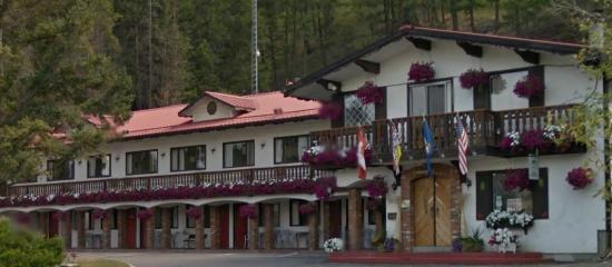 Photo of Gables Motel Radium Hot Springs
