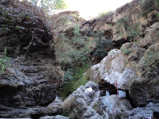 Jambughoda India  City new picture : cave in temple Picture of Jambughoda Wildlife Sanctuary, Dabhoi ...