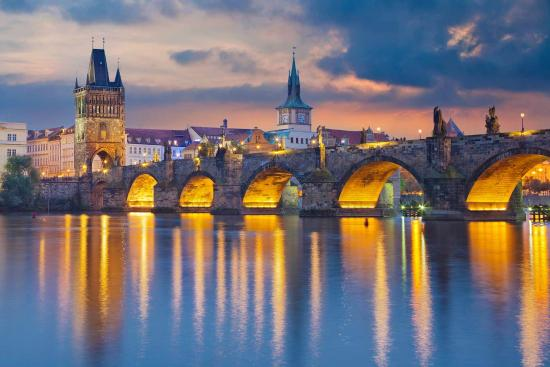 Charles Bridge, Prague (133850480)