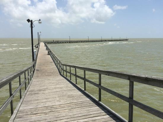 Rockport photos featured images of rockport texas gulf for Surfside fishing report